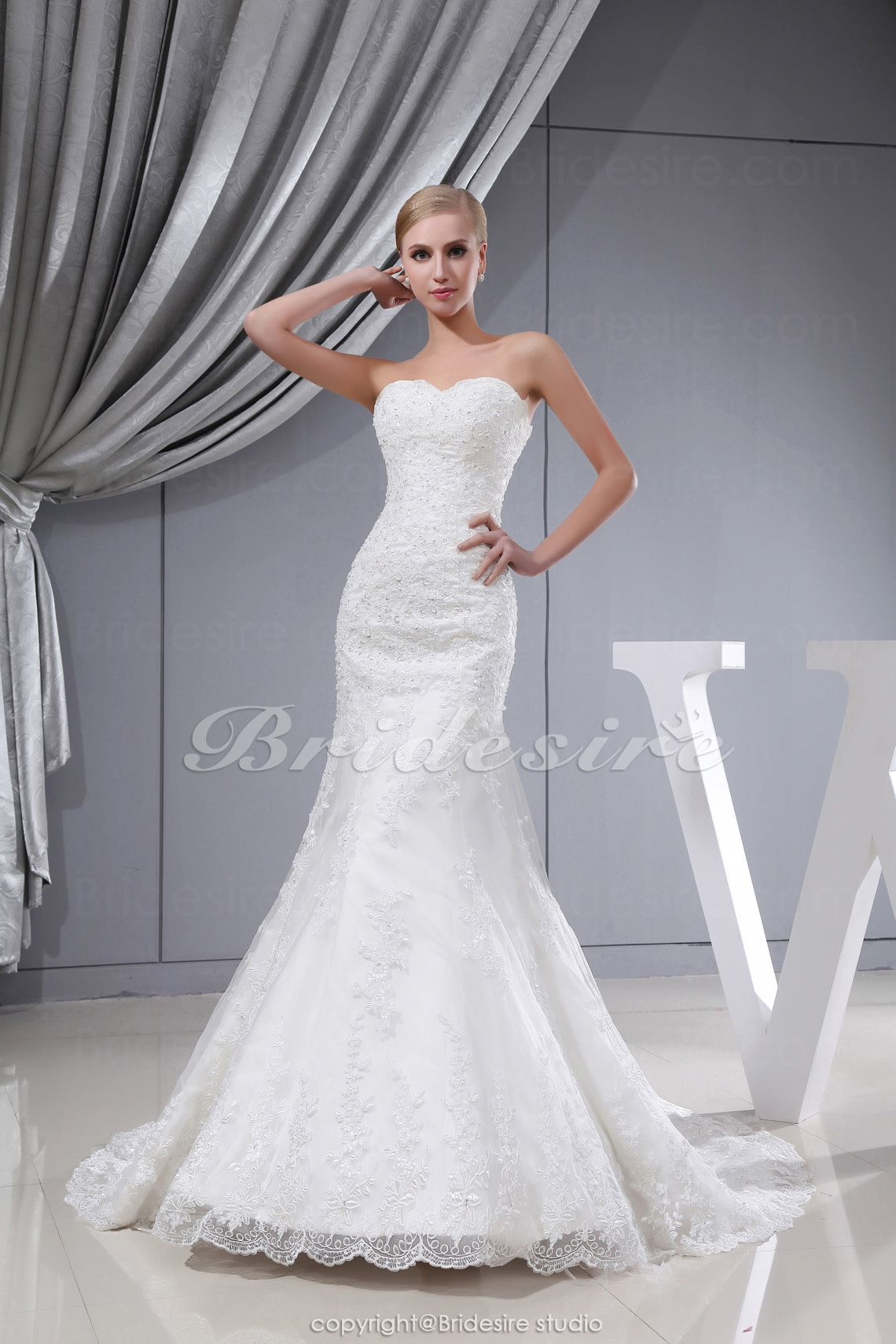 Trumpet/Mermaid Sweetheart Sweep Train Sleeveless Lace Wedding D