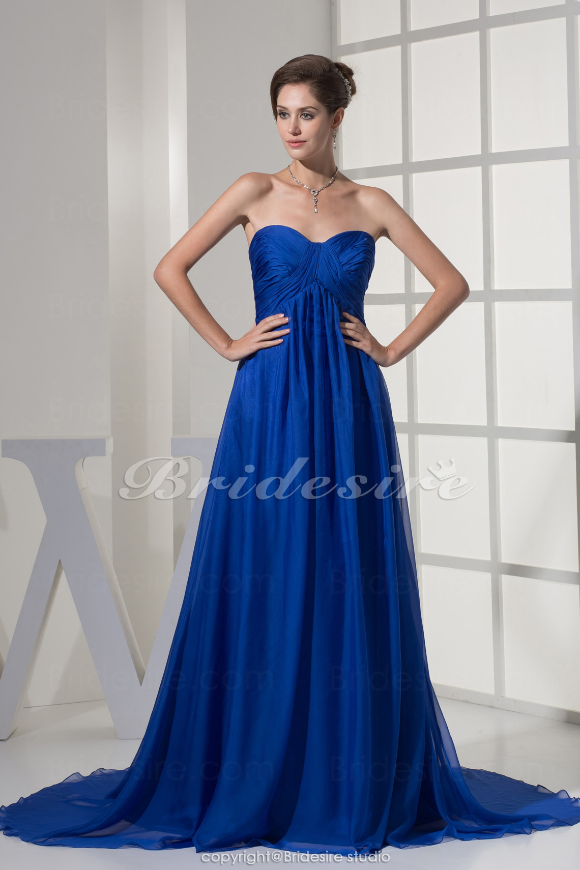 A-line Sweetheart Court Train Sleeveless Chiffon Dress